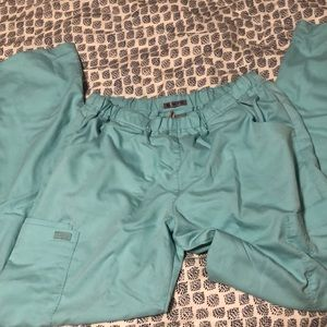 Greys Anatomy Slim Fit Cargo Scrubs
